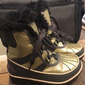 Sorel Tivoli gold glitter girls boots size 11y
